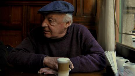 Eduardo Galeano: entre el café y el boliche